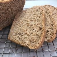 Pan de Tres  Harinas y Semillas