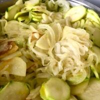 Calabacín con Cebolla y Patata